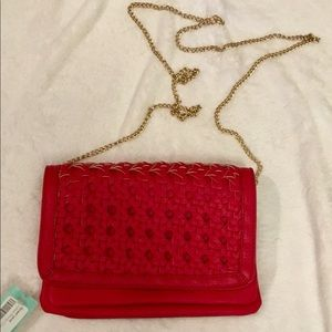 NWT ❤️ Street Level💈Julissa Woven Clutch - Red